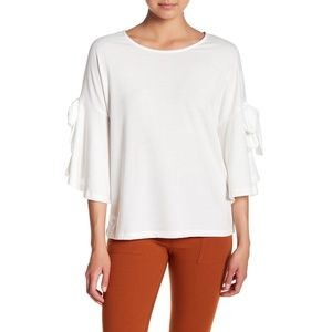 Pleione Bow Bell Sleeve Blouse T-Shirt White L